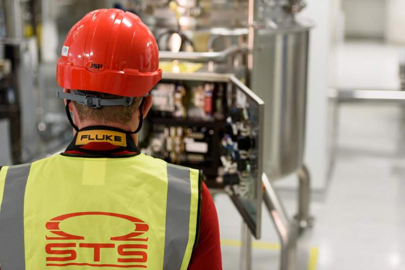 Qualified Electrician, Dublin - Career Opportunity at STS